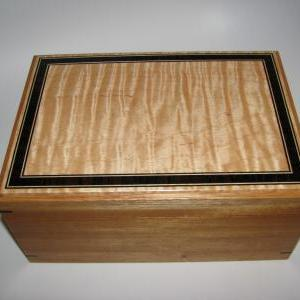 Premium Inlaid Memory Box. Tiger Ma..