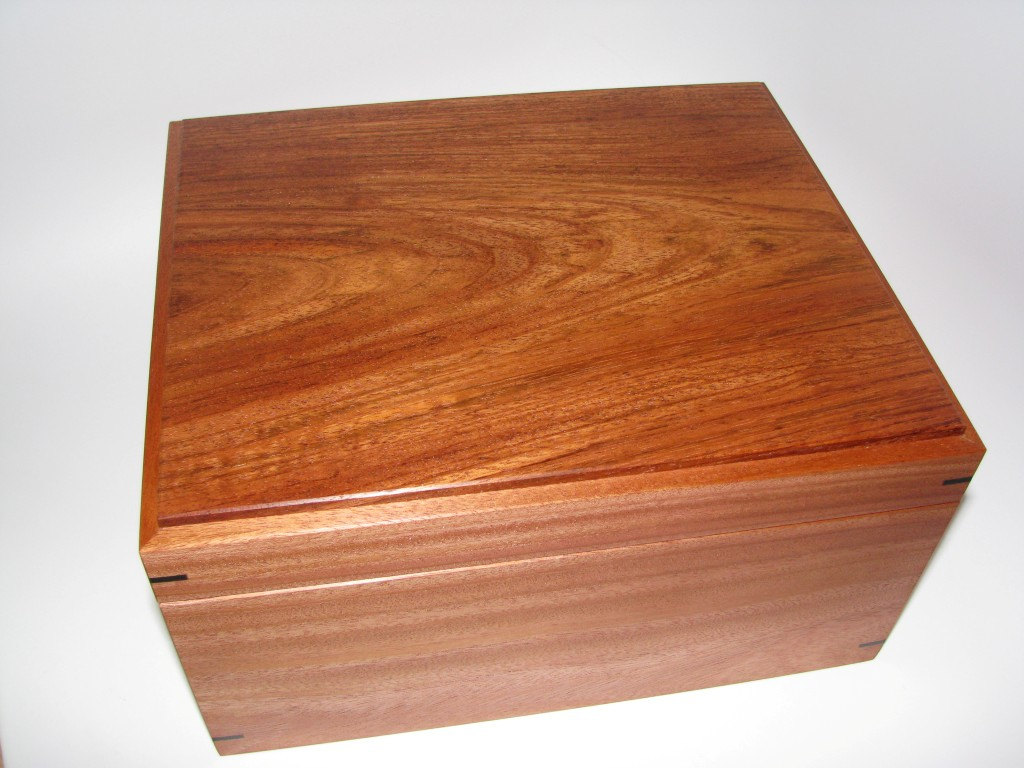 Large Fine Handcrafted Wooden Keepsake Box With Mahogany Brazilian Cherry And Ebony 11
