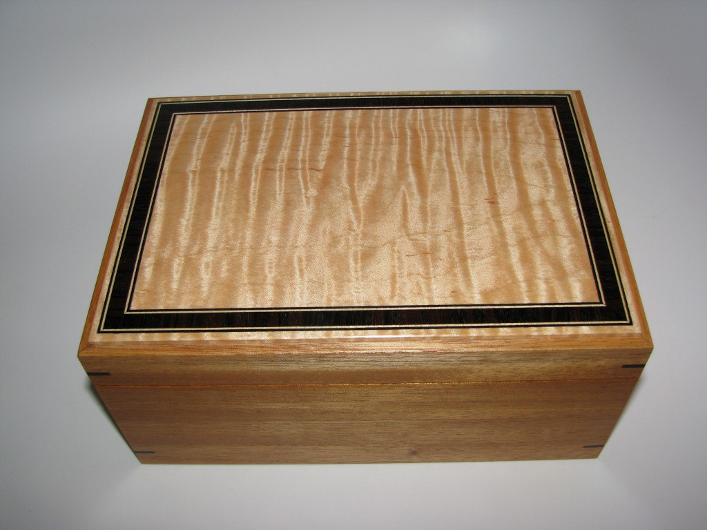 Premium Inlaid Memory Box. Tiger Maple and Mahogany. Multiple Ebony Inlaid top. 10' x 7' x 4.5'